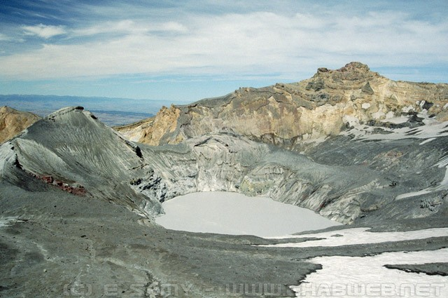 The crater on Mount Ruapehu - New Zealand